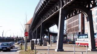 Vorsetzen U-Bahn Trasse